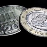 Zou Griekenland binnen de euro kunnen blijven, maar de eigen economische problemen oplossen met een lager gewaardeerde parallelvaluta?